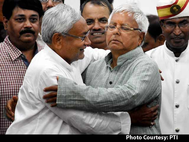 Video : Bihar Results: Lalu Makes Big Comeback, Nitish to Stay Chief Minister