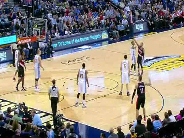 Video : NBA: Play of the Day