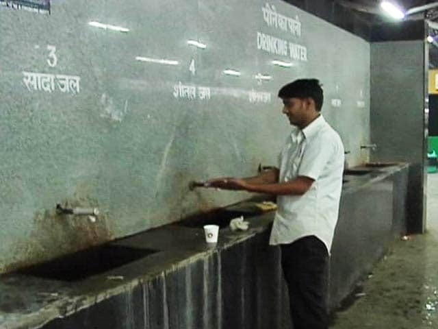 Video : 'Drinking Water' at Railway Stations Not Fit to Drink