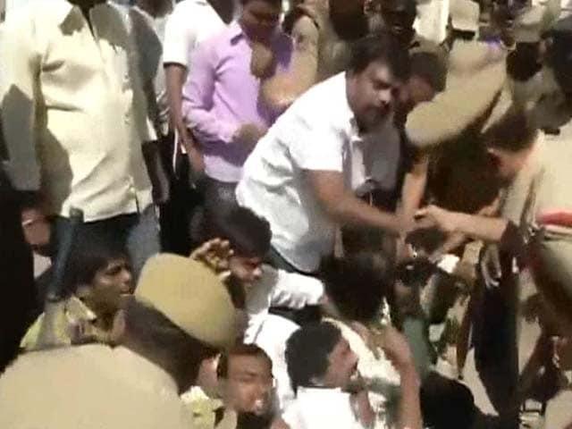 Video : 3-Year-Old Dies in School Elevator in Hyderabad, Parents Protest