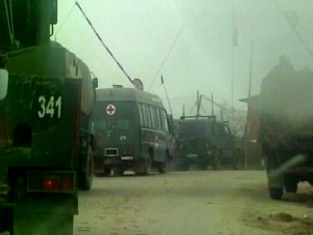 Video : 3 Terrorists Killed After Attack on Army Camp In Tangdhar