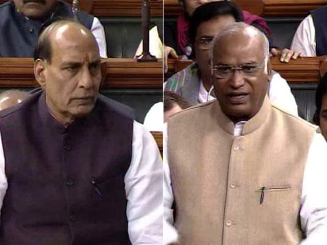 Video : Government, Opposition Face-Off Over the Word 'Secular' in Constitution