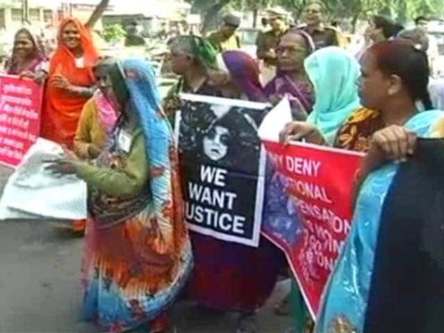 Video : Bhopal Gas Tragedy: 31 Years On, Toxins Still Spreading Through Soil, Water