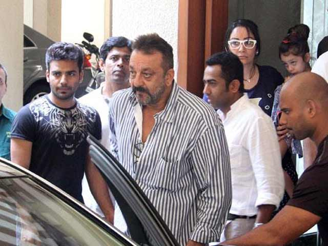 Sanjay Dutt May Make Special Appearance in Biopic on Him