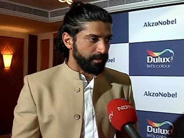 Video : <i>Rock On 2!</i> Diaries: Farhan's 'Great Time' With Shraddha