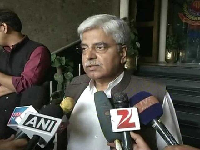 Video : 'Will Send Corrupt to Graveyard': Delhi Police Chief's Words Incense AAP