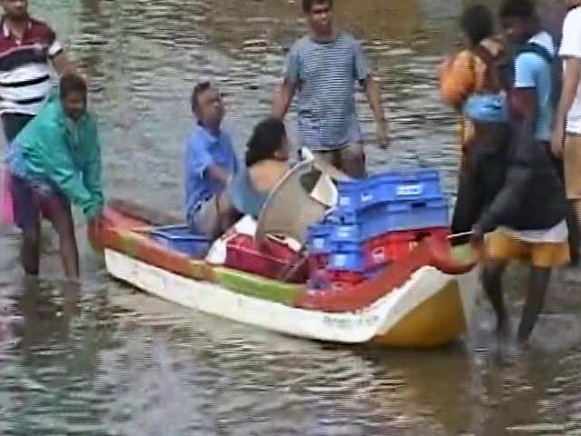Videos : चेन्नई में तबाही के निशान, राहत और बचाव कार्य ज़ोरों पर
