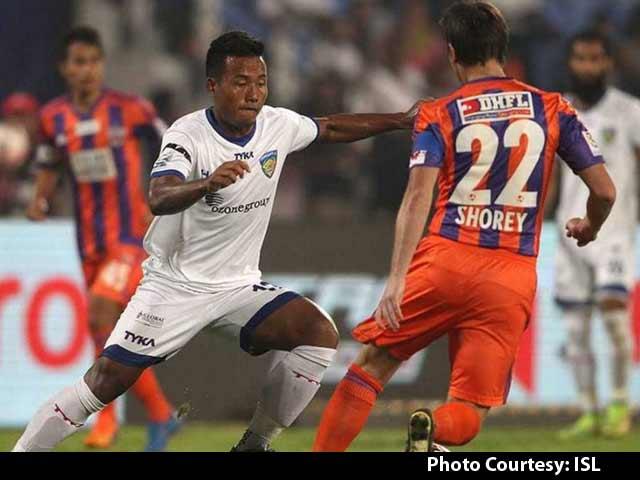 Video : ISL: Chennaiyin FC Beat FC Pune City to Enter Semis