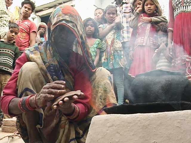 Video : नेशनल रिपोर्टर : बदहाल बुंदेलखंड, घास की रोटी खाने को मजबूर लोग