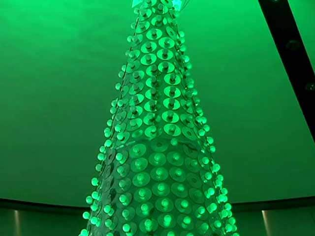 Video : Green Christmas: LED Lighting, E-Cards and An E-Waste Tree