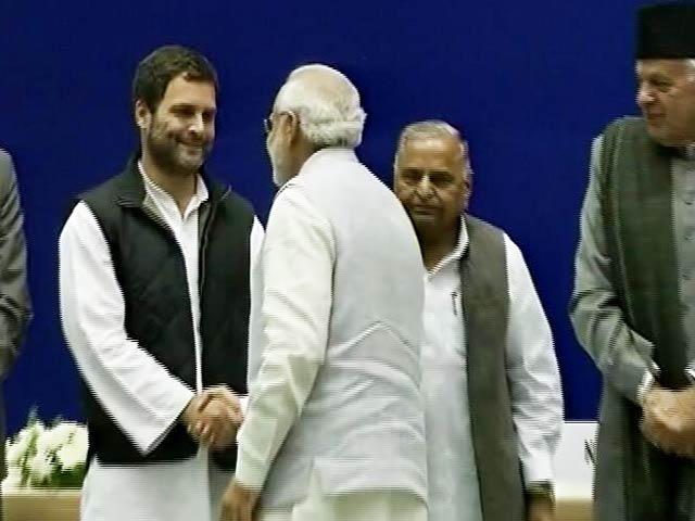 Video : PM Narendra Modi, Rahul Gandhi Shake Hands On Sharad Pawar's Birthday