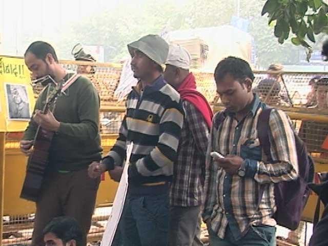 Videos : नॉन नेट स्कॉलरशिप : यूजीसी के फैसले के खिलाफ छात्रों का विरोध हुआ तेज