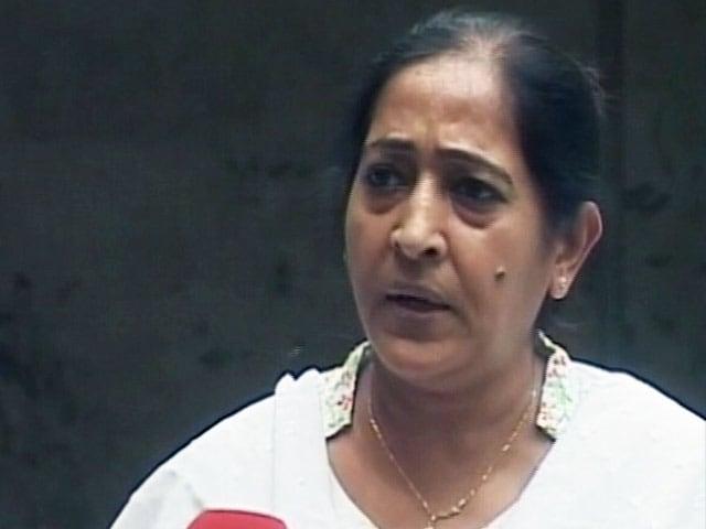 Videos : नरोदा पाटिया दंगों के दोषी पर पत्नी ने लगाया रेप का आरोप