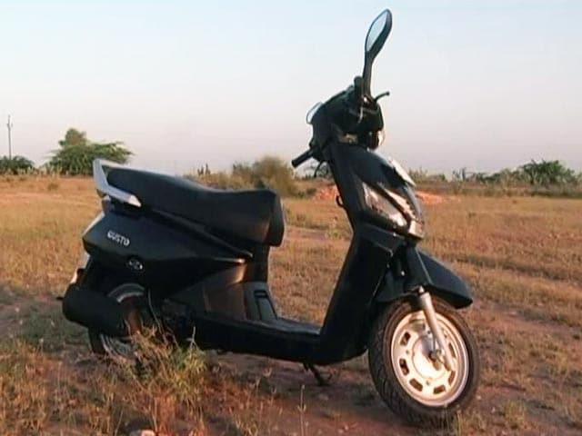 Videos : देखें, भारतीय बाजार में आए नए स्कूटरों का लेखाजोखा
