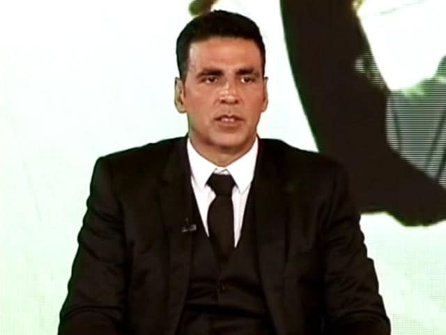 Video : Farmer Crisis is the Most Important Issue, Should be Addressed on Priority: Akshay Kumar