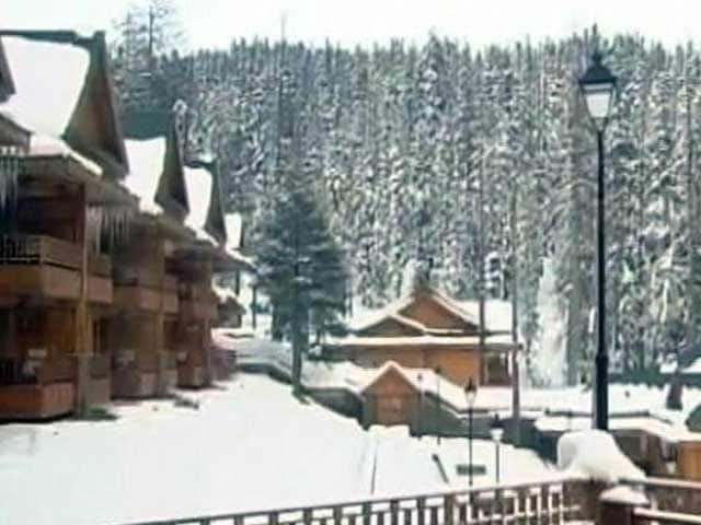 Video : Kashmir, Freezing, Faces 10 Hour Daily Power Cuts