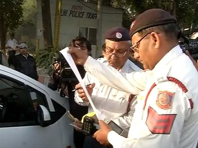 Video : Happy New Air, Delhi. Only Odd-Numbered Cars On Roads Today