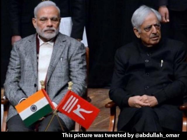 Video : A New Court Verdict On Whether 2 Flags Must Be Flown In Jammu And Kashmir