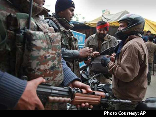 Video : Pathankot Attack: 2 Terrorists In Residential Area, All Families Safe