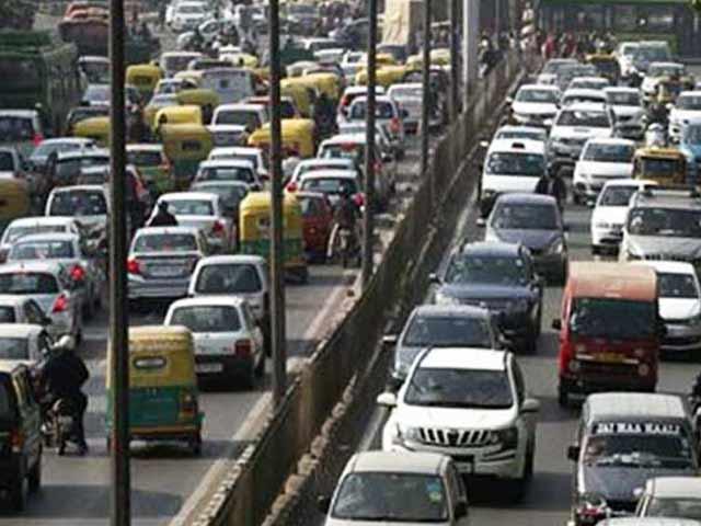 Video : दिल्ली में ऑड-ईवन फॉर्मूले का आज पांचवां दिन