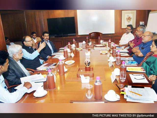 Video : Shyam Benegal-Led Censor Board Panel Meets Arun Jaitley