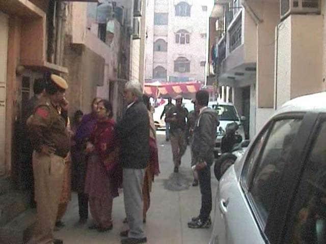 Video : 3 Of Family Murdered In West Delhi, 1 Body Found In Cupboard