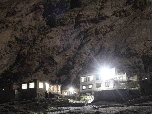 Video : A Himalayan Expedition That Helps Illuminate Remote Villages