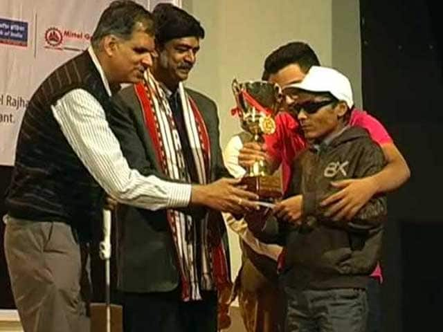 Video : Bhopal Hosts Car Rally For Visually Challenged