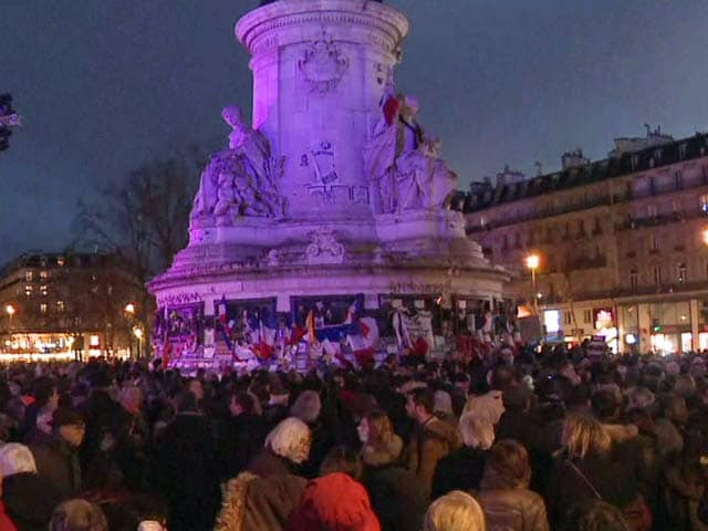 Video : France Pays Tribute To Charlie Hebdo Attack Victims