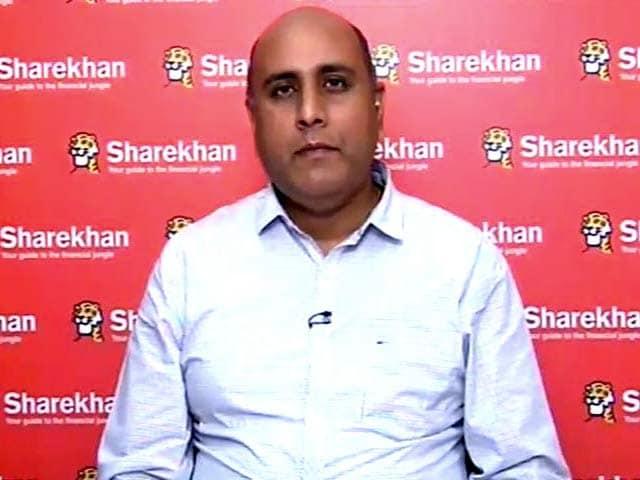 Video : Prefer Infosys over TCS: Sanjeev Hota