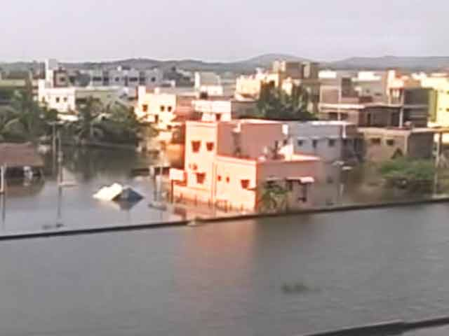Video : Chennai Floods Hit IT Sector Expansion Plans