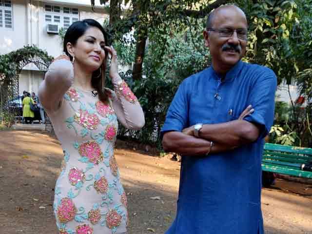 Videos : बॉलीवुड में शुरू-शुरू में थोड़ी परेशानी हुई : सनी लियोनी