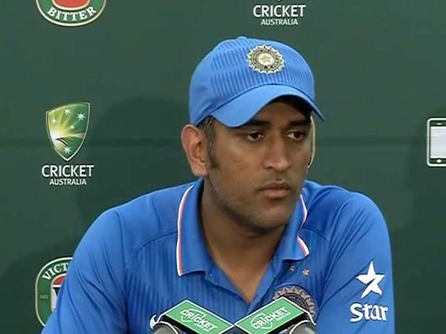 Video : 5th ODI: India Struggling to Get Team Combination Right - Dhoni