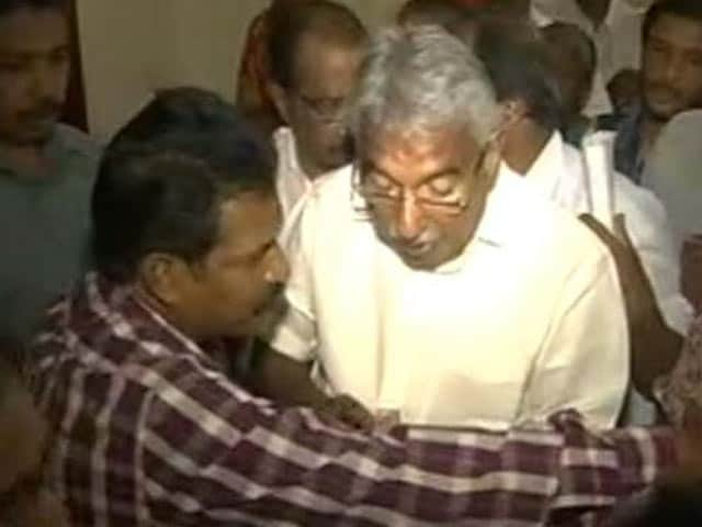 Video : In Questioning About Scam, Kerala Chief Minister Sets New Record