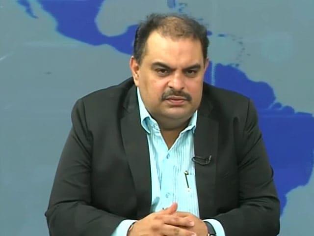 Video : Large-Cap Banking Stocks Look Attractive: Parag Thakkar