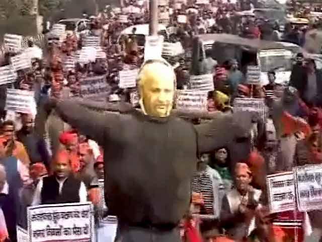 Video : दिल्ली : एमसीडी कर्मचारियों की हड़ताल चौथे दिन भी जारी
