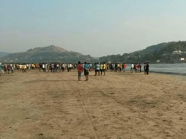 Video : 14 Students Drown At Murud Beach Near Mumbai
