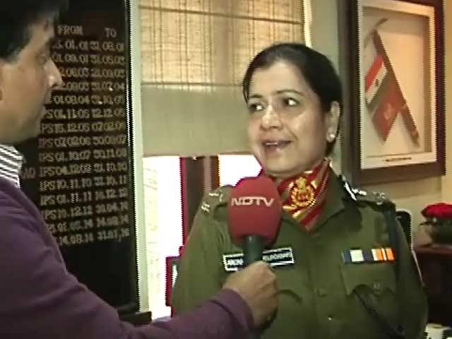 Video : देश में पहली बार किसी अर्द्धसैनिक बल की कमान महिला के हाथ में