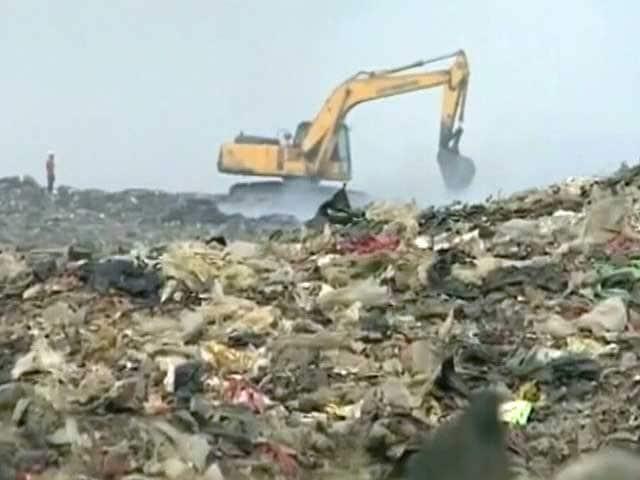 Videos : मुंबई : देवनार डम्पिंग ग्राउंड में फिर सुलगी आग