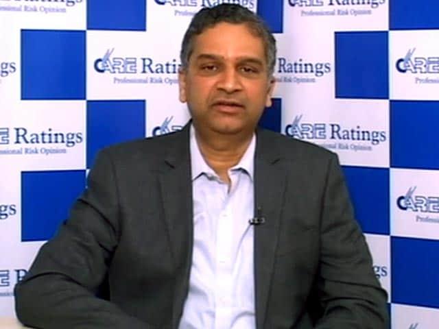 Video : Higher Investment Spending Unlikely in Budget: Madan Sabnavis