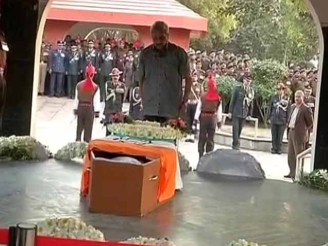 Video : इंडिया 7 बजे : 9 दिन तक मौत से लड़ने के बाद चल बसे लांस नायक हनुमंतप्पा