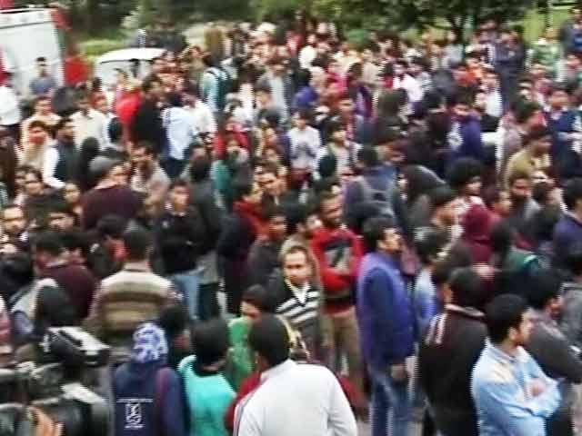 Video : नेशनल रिपोर्टर : जेएनयू विवाद में 8 छात्रों की सभी गतिविधियों पर रोक