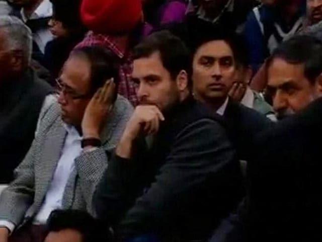Video : इंडिया 9 बजे : जेएनयू में सियासत तेज, राहुल गांधी ने कैंपस पहुंचकर केंद्र सरकार को घेरा