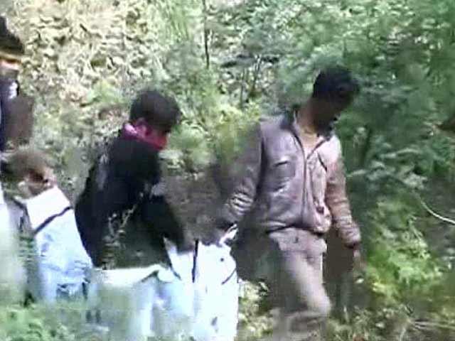 Video : Class 10 Girl Found Dead Near Chief Minister Akhilesh Yadav's Residence