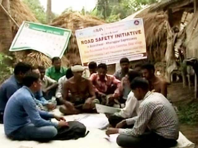 Video : On The Path To Make Roads Safer In Odisha Are A Group Of Volunteers