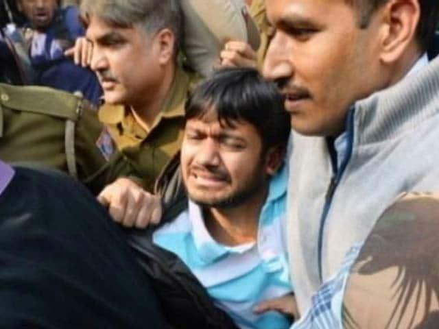 Video : Arrested JNU Student Kanhaiya Kumar, Others Attacked At Delhi Court