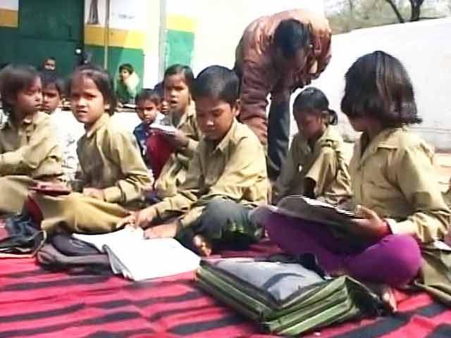 Video : NDTV की ग्राउंड रिपोर्ट : मिड-डे मील से राहत के राज्य सरकार के दावों पर सवाल