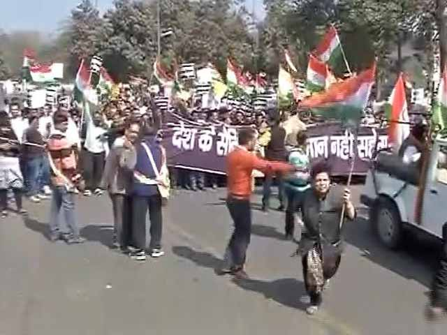 Video : Thousands 'March For Unity' in Delhi Against 'Anti-National Activities' At JNU