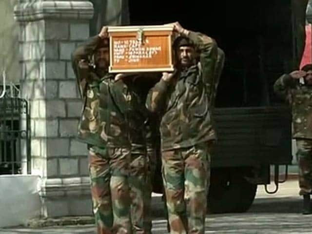 Video : Another Officer Killed In Jammu and Kashmir Encounter, Gunbattle On