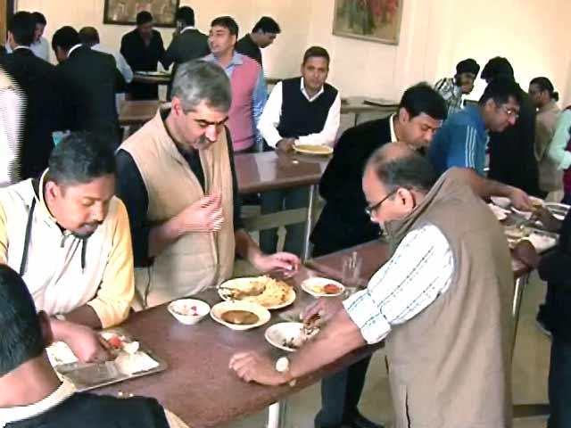 Videos : संसद की कैंटीन में सब्सिडी बंद, तीन गुना तक महंगा हुआ खाना